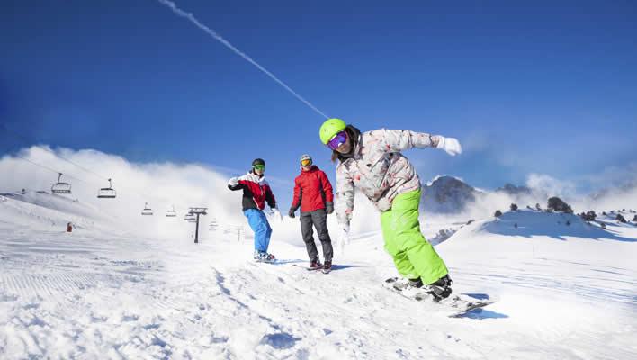 Summit travel wintersport